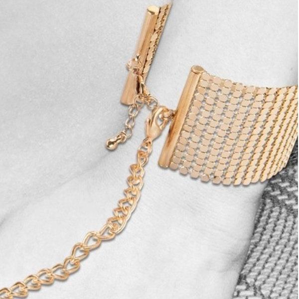 1187 – Bijoux Indiscrets Metallique Mesh Handcuffs 5